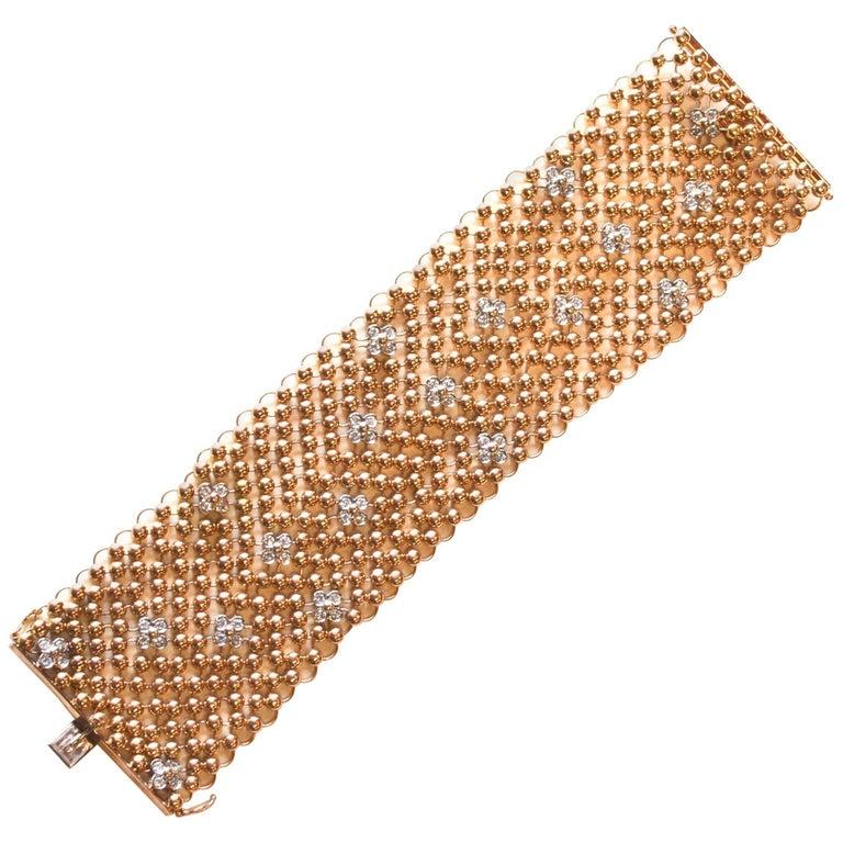 18 Karat Mesh and Diamond Flower Bracelet For Sale