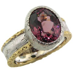 5.52ct Malaya Garnet and 18 Karat Gold Florentine Engraved Ring, Made in Italy