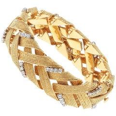 Vintage David Webb 1960s 18 Karat Gold 3.00 Carat G VS Diamond Woven Bracelet