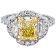 David Rosenberg 2.14 Carat Radiant Fancy Yellow VS GIA Diamond Engagement Ring