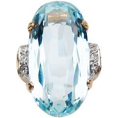 Midcentury 15.30 Carat Aquamarine and Diamond 18 Karat Gold Cocktail Ring