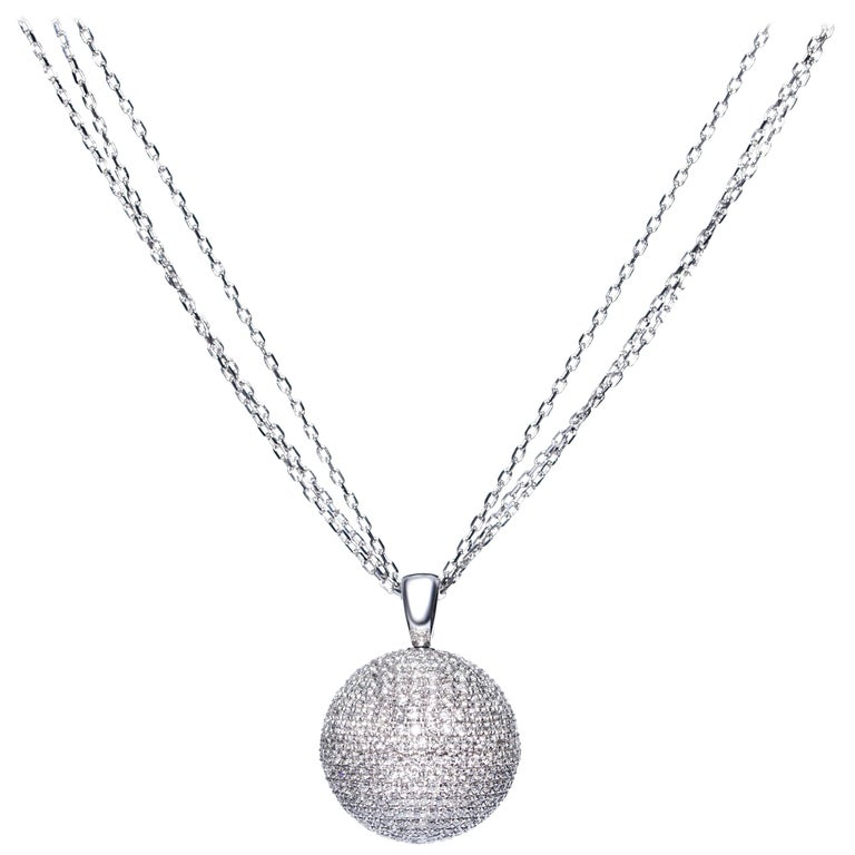 2.20 Carat Pave Set Round Brilliant Diamonds 18 Karat Gold Necklace Pendant