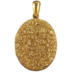 Antique Victorian Locket 18 Carat Gold Gilt Forget Me Not, circa 1880