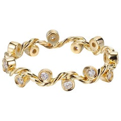 Enlace 18K Yellow Gold Wavy Twist Eternity Diamond Band