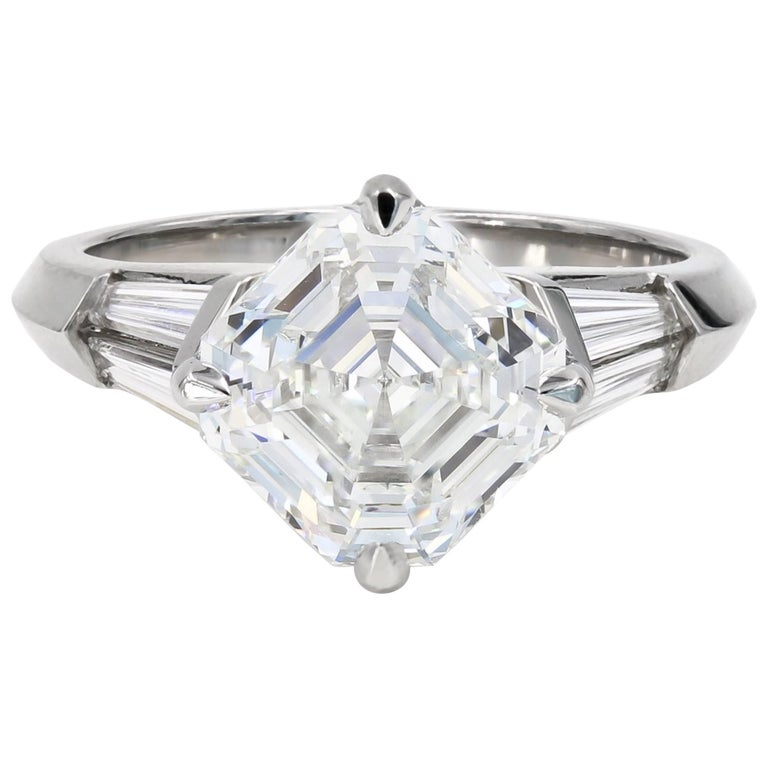 4.01 Carat Royal Asscher Cut Diamond Ring in Platinum, GIA Certified For Sale