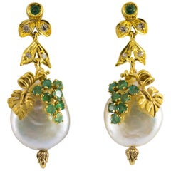 0.50 Carat Emerald Diamond Pearl Yellow Gold Stud Earrings