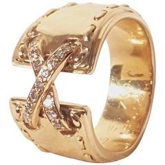 Heritable Hermes 18 Karat Diamond Ring