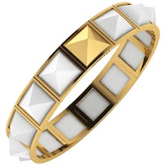 Ferrucci White Agate Pyramids Bracelet in 18 Karat Yellow Gold balanced energy