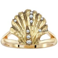 Venyx 18 Karat Yellow Gold Diamond Lady V Cocktail Ring
