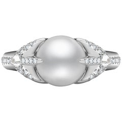 Venyx 18 Karat Gold Diamond Pearl Oseanyx Ring