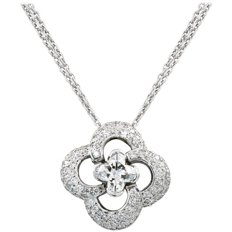Clover Style Diamond Necklace with .88ct. Lili-cut Diamond Center For Sale