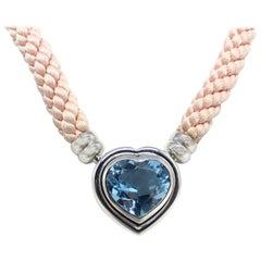 Fine Aquamarine 18 Karat White Gold Necklace