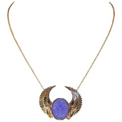 Art Deco Egyptian Revival Winged Scarab Chalcedony Gold Necklace