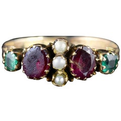 Antique Georgian Ring Garnet Emerald Pearl 15 Carat Gold, circa 1800
