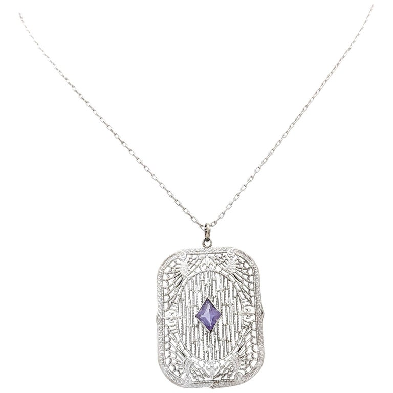 14 Karat White Gold Art Deco Amethyst Pendant Necklace