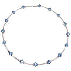 Fine Aquamarines and Diamonds 18 Karat White Gold Necklace