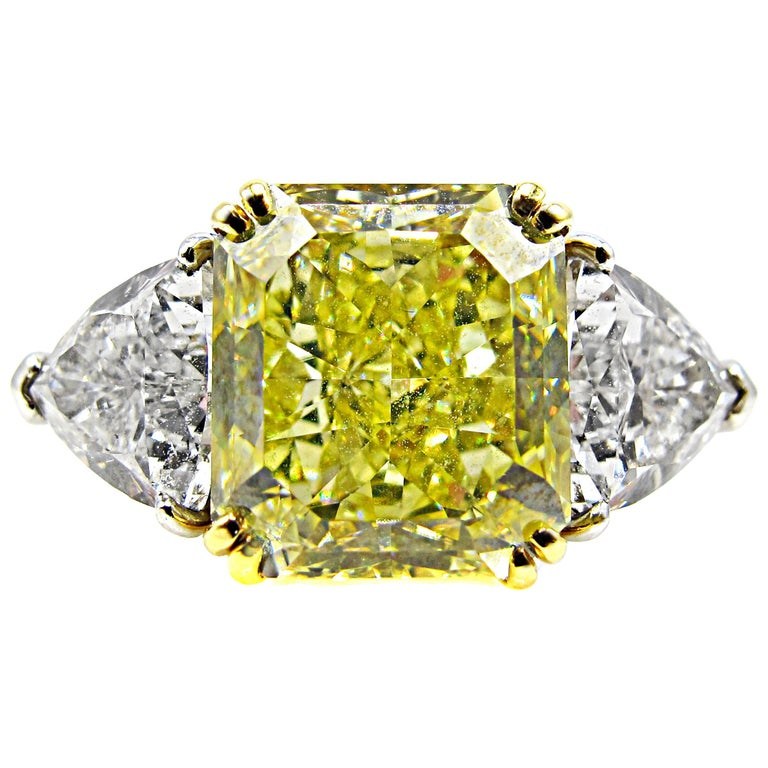 Natural Fancy Yellow Radiant Cut 6.15 Carat Diamond Engagement Ring