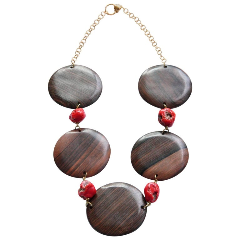 Coral Ebony Gold Necklace