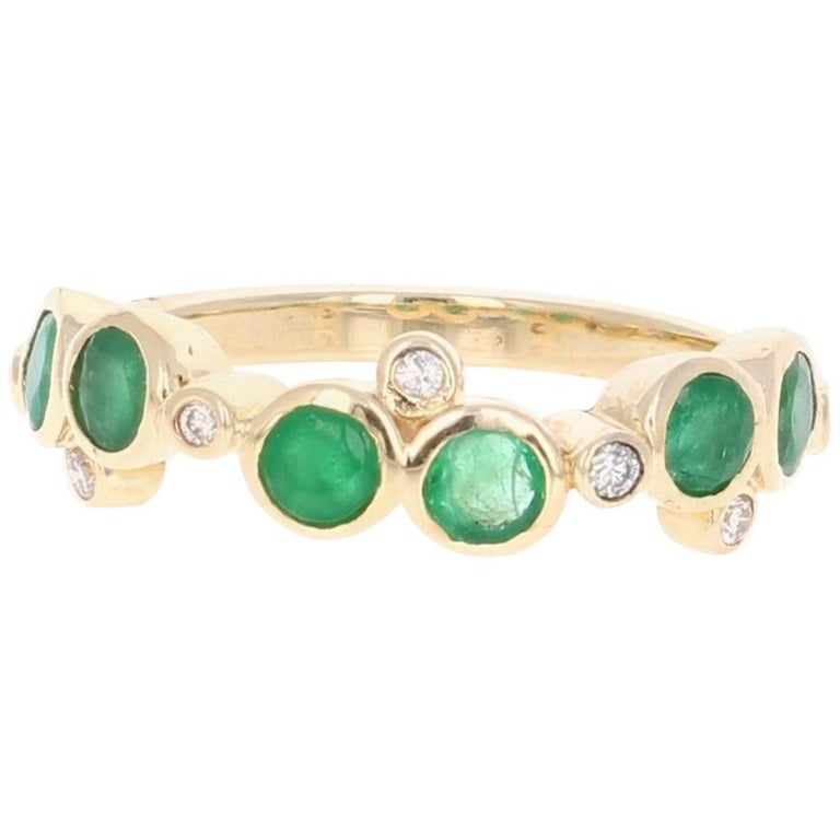 1.03 Carat Emerald Diamond Yellow Gold Band