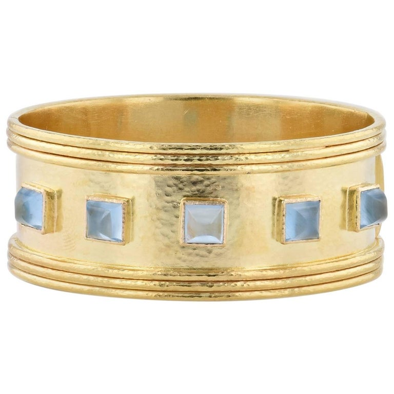 Elizabeth Locke Aquamarine Cabochon Yellow Gold Hinge Bracelet For