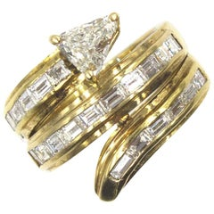 Trillion and Baguette Diamond 18 Karat Yellow Gold Snake Ring