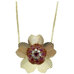 1940s Retro Ruby Diamond Yellow Gold Pendant Necklace