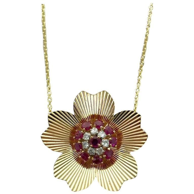 1940s Retro Ruby Diamond Yellow Gold Pendant Necklace