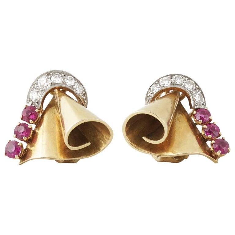 Retro 18 Karat Gold Platinum Ruby and Diamond Clip-On Earrings, circa 1940