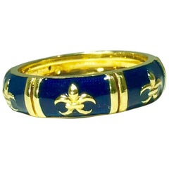 Hidalgo 18 Karat Yellow Gold and Enamel Fleur-de-Lys Stackable Band Ring