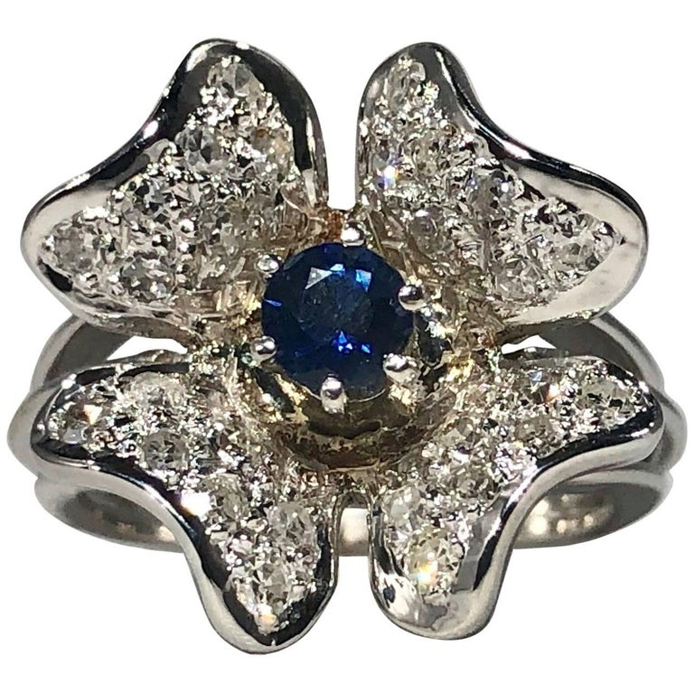 Vintage 1970s 14 Karat Sapphire and Diamond Flower Cocktail Ring For Sale