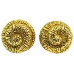 Elizabeth Gage 18 Karat Gold Snail Shell Ear Clips