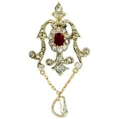 Art Deco 18 Karat White Gold Pendant with Ruby and Diamonds, circa 1920s