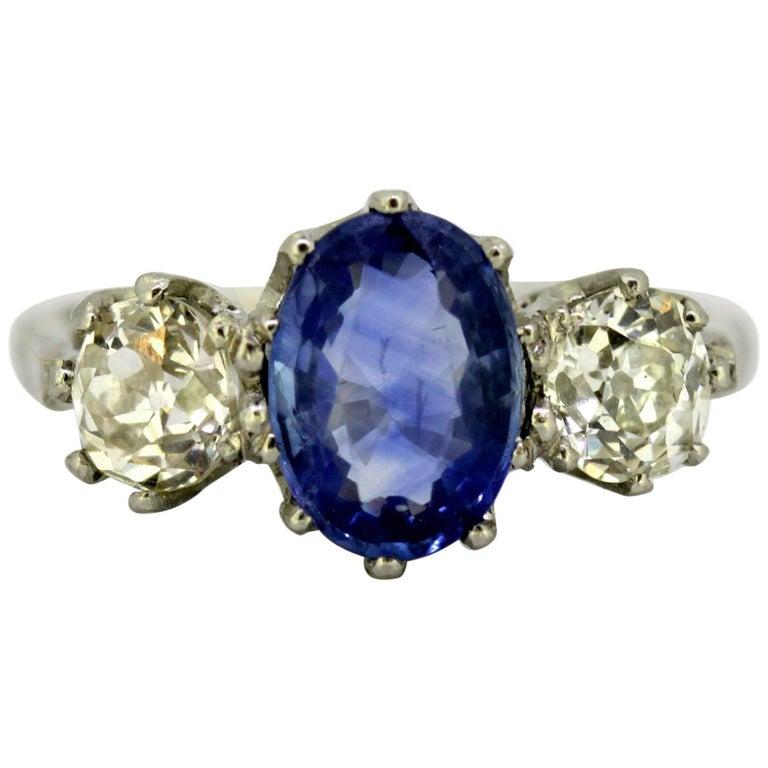 Art Deco Platinum Ladies Ring with Ceylon Sapphire and Diamonds, circa 1920s