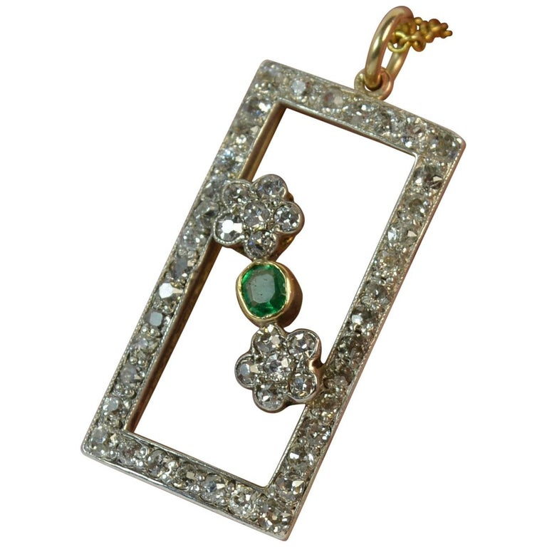 Victorian 1.00 Carat Old Cut Diamond and Emerald 15 Carat Gold Pendant and Chain