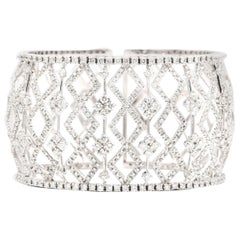 10.20 Carat of White Diamond Cuff/Bracelet in 18 Karat White Gold