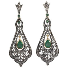 2.20 Carat Emerald 0.50 Carat Diamond Yellow Gold Lever-Back Earrings