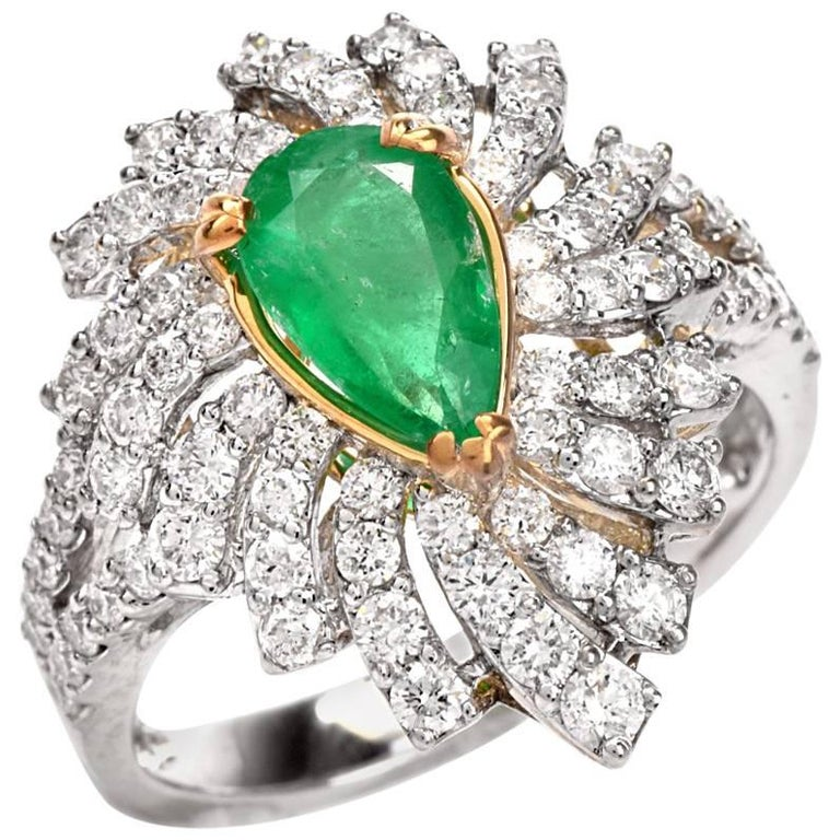 Colombian Emerald Diamond Swirl Design Cocktail Ring