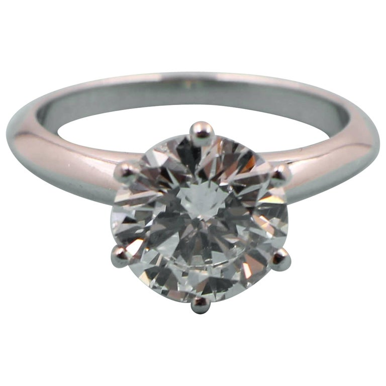 Tiffany & Co. 2.01 Carat D VVS1 Platinum Solitaire Diamond Engagement Ring