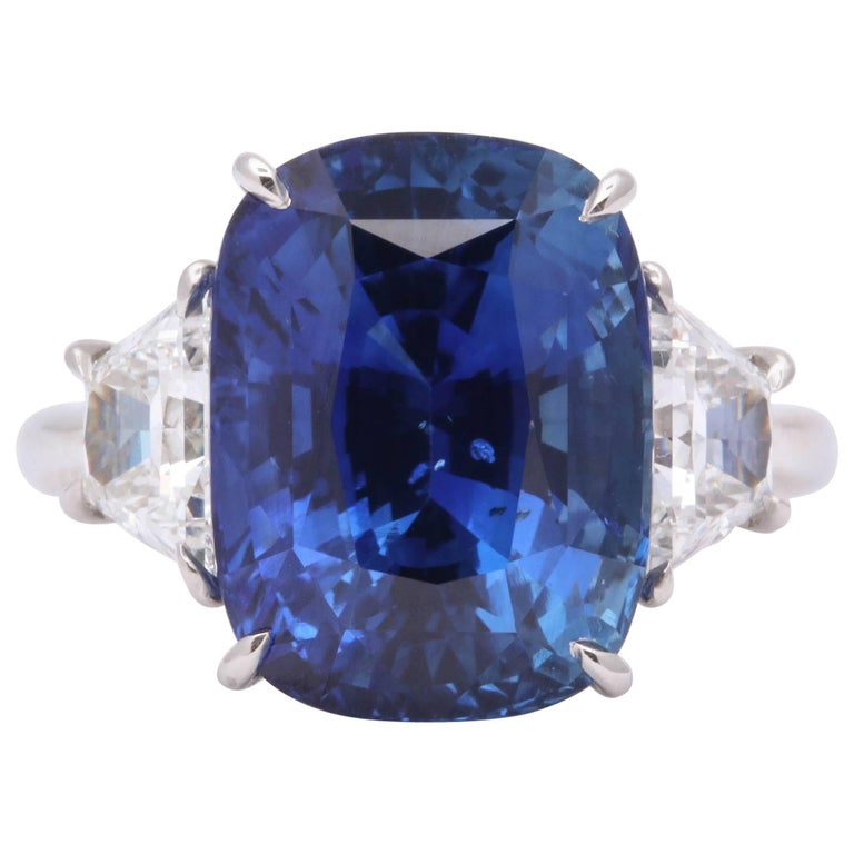 10 Carat Ceylon Blue Sapphire and Diamond Ring