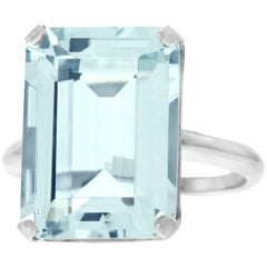 12 Carat Aquamarine Set Gold Ring