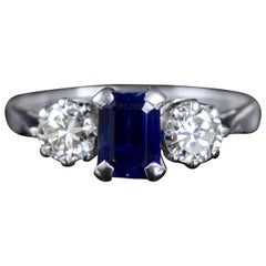 Antique Edwardian Sapphire Diamond Ring 18 Carat Trilogy Ring, circa 1915