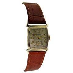 Wittnauer 14 Karat Yellow Gold Filled Art Deco Wrist Watch with Original Dial