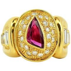 Men's Ruby and Diamond Ring, 18 Karat Yellow Gold with GIA Ruby Report
