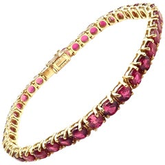 Van Cleef & Arpels 9.5 Carat Ruby Yellow Gold Tennis Bracelet