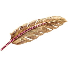 Vintage Raymond Yard Ruby Feather Yellow Gold Pin Brooch