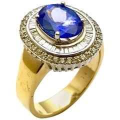 2.60 Carat Tanzanite and Diamond White and Yellow Gold Fashion Ring