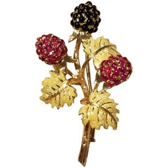 18 Karat Gold Buccellati Ruby and Onyx Berry Brooch