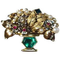 18 Karat Yellow Gold Emerald, Sapphire, Diamond and Pearl Brooch