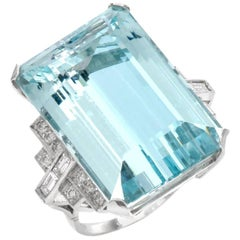 1950s Fine Aquamarine Diamond Platinum Cocktail Ring