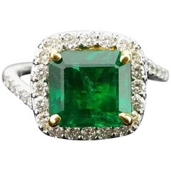 2.77 Carat Emerald and Diamond 18 Karat Gold Cocktail Ring